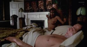 Marianne Morris, Anulka Dziubinska,  Sally Faulkner @ Vampyres (ES/UK 1974) [HD 1080p]  4rJPyGgs
