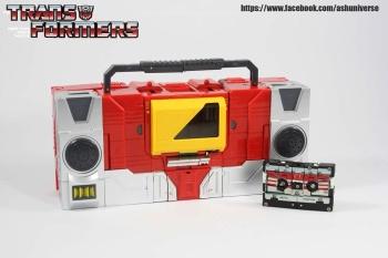 [KFC Toys] Produit Tiers - Jouet Transistor (aka Blaster/Tempo) + DoubleDeck (Twincast) + Fader (aka Eject/Éjecteur) + Rover (aka Autoscout) - Page 2 3xVVHpFJ