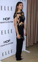 ELLE's Annual Women in Television Celebration (January 13) 403dup4v