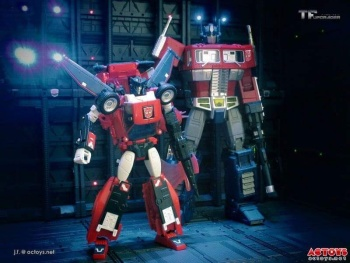 [Masterpiece] MP-25L LoudPedal (Rouge) + MP-26 Road Rage (Noir) ― aka Tracks/Le Sillage Diaclone - Page 2 SlWhnzXB