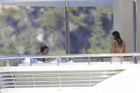 Nina Dobrev and Asustin Stowell enjoy the ocean off the cost the French Riviera (July 26) BhkUnm0U