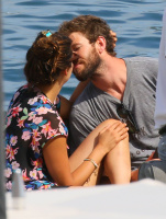 Nina Dobrev and Asustin Stowell enjoy the ocean off the cost the French Riviera (July 26) Ohjymmn9