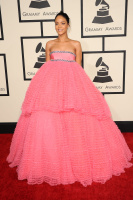 Rihanna  57th Annual GRAMMY Awards in LA 08.02.2015 (x79) updatet GsqBMpey