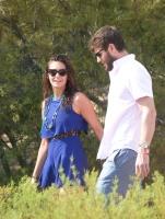 Nina Dobrev with her boyfriend Austin Stowell in Saint-Tropez (July 24) PVNPwl7M