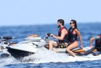 Nina Dobrev with her boyfriend Austin Stowell in Saint-Tropez (July 24) AgXpsSga