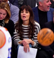 Katie Holmes - Cleveland Cavaliers vs New York Knicks Game in New York 12/7/16