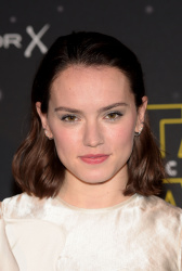Daisy Ridley - Star Wars: Fashion Finds The Force @ the Old Selfridges Hotel in London - 11/26/15