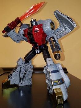 [Fanstoys] Produit Tiers - Dinobots - FT-04 Scoria, FT-05 Soar, FT-06 Sever, FT-07 Stomp, FT-08 Grinder - Page 9 2QhQmsGi