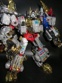 [Toyworld][ZetaToys] Produit Tiers - Jouet TW-D aka Combiner Dinobots - Page 2 UMKqzydL