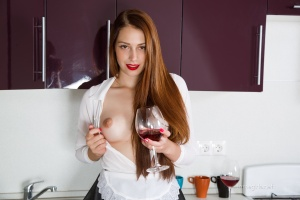 Isabella - In The Kitchen - [famegirls] 2pwhW4Ry