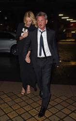Sean Penn - Charlize Theron and Sean Penn - seen leaving Royal Festival Hall. London - February 16, 2015 (153xHQ) MZCeOUk7