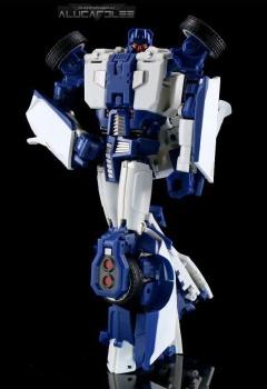 [Transform Mission] Produit Tiers - Jouet M-01 AutoSamurai - aka Menasor/Menaseur des BD IDW - Page 2 2tMlyx4h