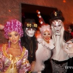 "[Vie privée] 31.10.2012 Los Angeles - Treats! Magazine ""Trick or Treats! Halloween Party"" AboM90m1"