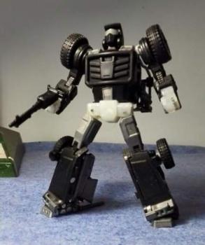 [X-Transbots] Produit Tiers - Minibots MP - Gamme MM - Page 2 DwsYdo6W