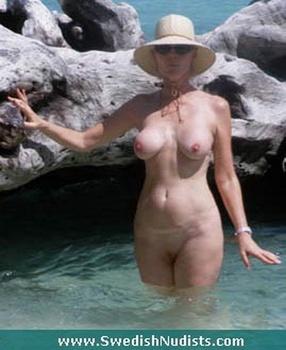Alejandra Maglietti Nude