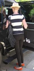 Katherine Heigl - leaves her mom's house in LA 4/17/13