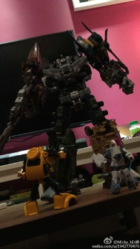 [Warbotron] Produit Tiers - Jouet WB01 aka Bruticus - Page 5 WnrRvW7p
