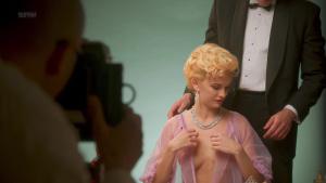 Jade Albany, Marilyn Monroe, Alexandra Johnston &more @ American Playboy: The Hugh Hefner Story s01 (US 2017) [HD 1080p] MBjIEk0t