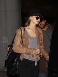 Jennifer Lawrence - at JFK Airport in NYC 4/30/13