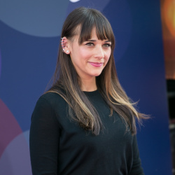 Rashida Jones - Inside Out Premiere @ the El Capitan Theatre in Hollywood - 06/08/15