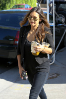 Nina Dobrev with Hilary at Alfred Coffee & Kitchen in West Hollywood (July 29) 4Z30a49S