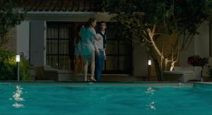 Alicia Endemann, Valérie Karsenti @ Ma Famille t'adore déjà (FR 2016) [HD 1080p]  Oz5M516W