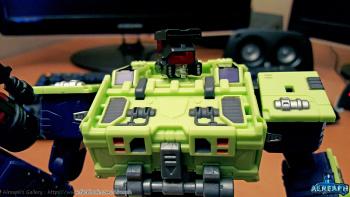 [Toyworld] Produit Tiers - Jouet TW-C Constructor aka Devastator/Dévastateur (Version vert G1 et jaune G2) - Page 5 RdhN5NXf