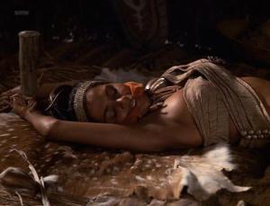 Halle Berry @ Introducing Dorothy Dandridge (US 1999)  W5VtVtcB