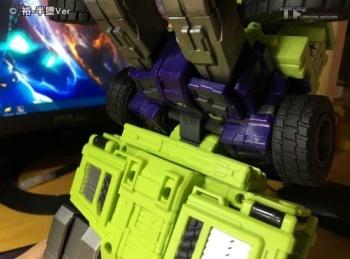 [Toyworld] Produit Tiers - Jouet TW-C Constructor aka Devastator/Dévastateur (Version vert G1 et jaune G2) - Page 6 JZYSdeMv