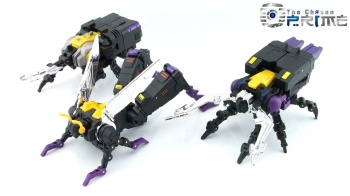 [Fanstoys] Produit Tiers - Jouet FT-12 Grenadier / FT-13 Mercenary / FT-14 Forager - aka Insecticons - Page 3 3kAX1hcp