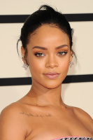 Rihanna  57th Annual GRAMMY Awards in LA 08.02.2015 (x79) updatet DX3VnxFS