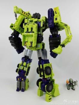 [Toyworld] Produit Tiers - Jouet TW-C Constructor aka Devastator/Dévastateur (Version vert G1 et jaune G2) - Page 7 QLjeTVRx