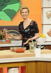 Cynthia Nixon - The Chew: May 11th 2017