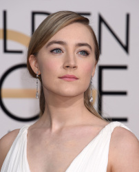 Saoirse Ronan - 73rd Annual Golden Globe Awards @ the Beverly Hilton Hotel in Beverly Hills - 01/10/16