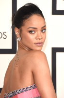 Rihanna  57th Annual GRAMMY Awards in LA 08.02.2015 (x79) updatet 1iL2t23Y