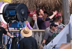 Robert Downey Jr. - On The Set Of 'Iron Man 3' 2012.10.02 - 19xHQ PHknTV1Q