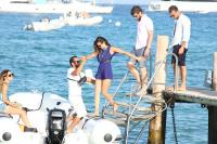 Nina Dobrev with her boyfriend Austin Stowell in Saint-Tropez (July 24) LGTcc1xy