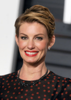 """Faith Hill """"2015 Vanity Fair Oscar Party hosted by Graydon Carter at Wallis Annenberg Center for the Performing Arts in Beverly Hills"""" (22.02.2015) 58x  YyNuZDHu"""