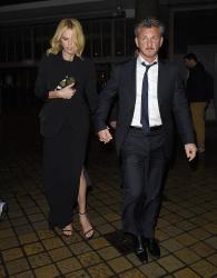 Sean Penn - Charlize Theron and Sean Penn - seen leaving Royal Festival Hall. London - February 16, 2015 (153xHQ) DgJ0vf52