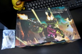 [Generation Toy] Produit Tiers - Jouet GT-01 Gravity Builder - aka Devastator/Dévastateur - Page 2 TbW7wYUY