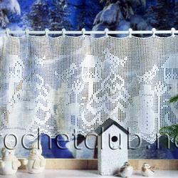 В этом изделии важную роль играет бисер и пайетки, которые подчеркивают сияние ангелов и снежинок.