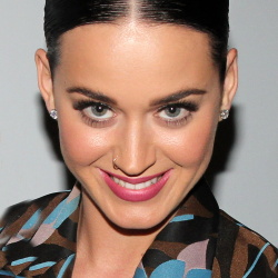 Katy Perry - Stephen Sondheim Theater in New York - Dec 30, 2014