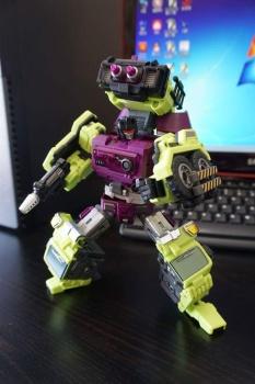[Generation Toy] Produit Tiers - Jouet GT-01 Gravity Builder - aka Devastator/Dévastateur - Page 2 F5aCJHnj
