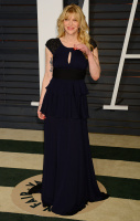 """Courtney Love """"2015 Vanity Fair Oscar Party hosted by Graydon Carter at Wallis Annenberg Center for the Performing Arts in Beverly Hills"""" (22.02.2015) 49x P86bKKos"""