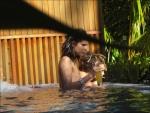 Bill & Tom aux Maldives AbmX99dr