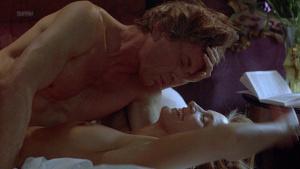 Janet Gunn, Kathrin Lautner @ Night of the Running Man (US 1994) [HD 1080p] UkdmGNwx