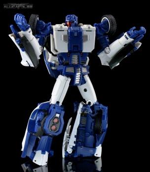 [Transform Mission] Produit Tiers - Jouet M-01 AutoSamurai - aka Menasor/Menaseur des BD IDW - Page 2 7S6I6OUO