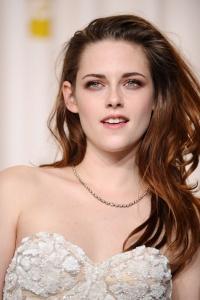 Kristen Stewart - Imagenes/Videos de Paparazzi / Estudio/ Eventos etc. - Página 31 AbiOeIRu