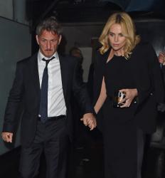 Sean Penn - Charlize Theron and Sean Penn - seen leaving Royal Festival Hall. London - February 16, 2015 (153xHQ) RKMhDFVk