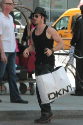 Ian Somerhalder - Took a taxi in Soho on New York City 2012.05.12 - 9xHQ GU6SeVgK